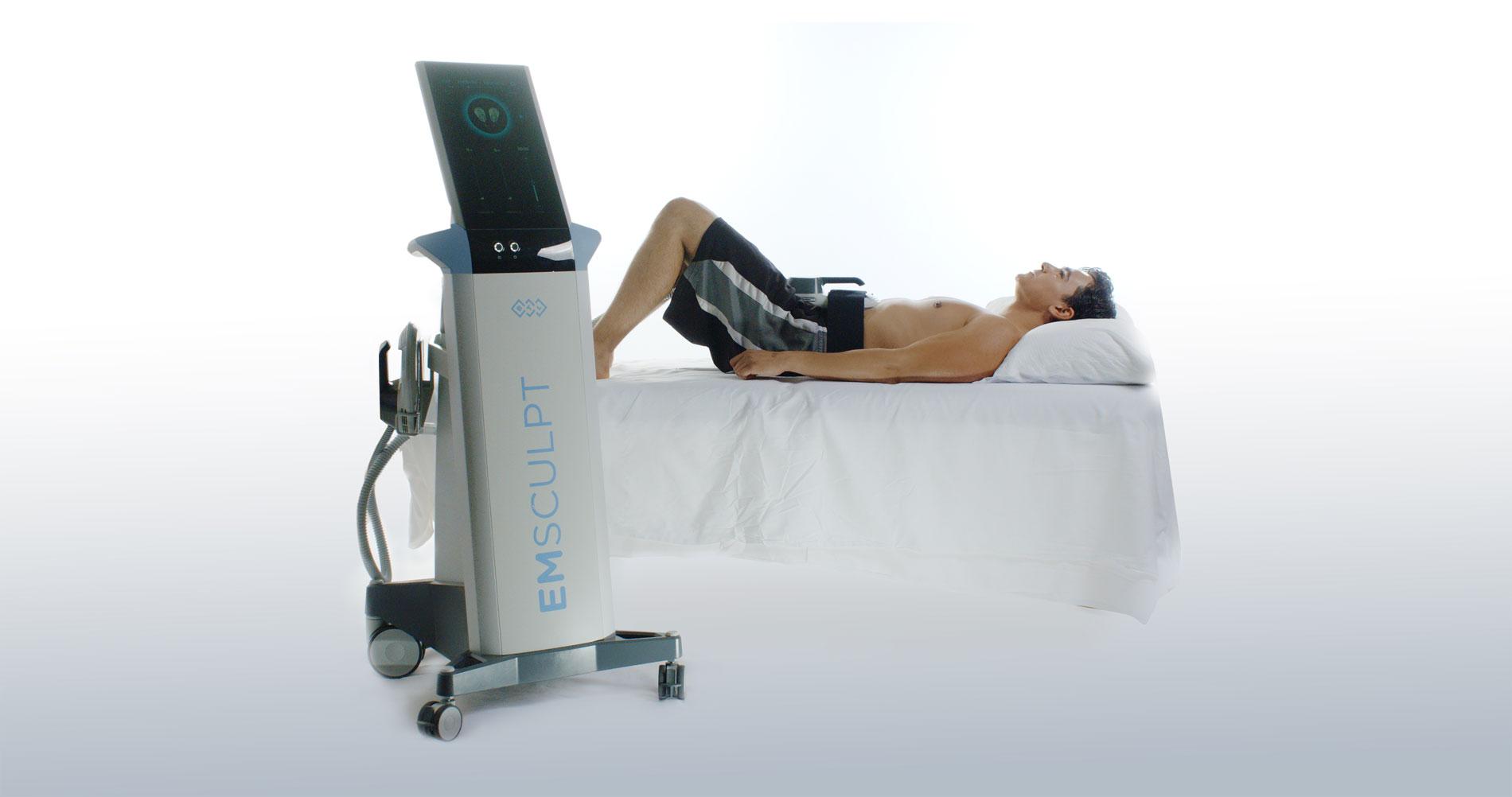 EMSCULPT Behandlung am Bauch bei OmniMed